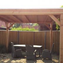overkapping van douglas hout met epdm als dakbekleding