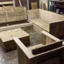 steigerhouten loungeset op maat met klepbanken